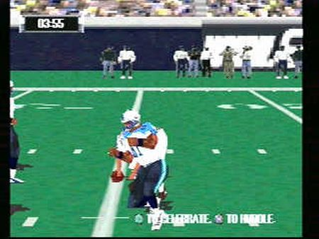 NFL GameDay 2001 - 09882