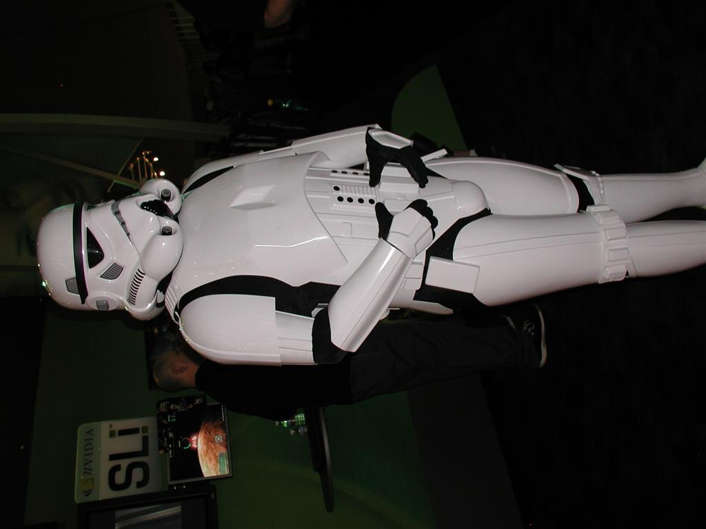 Photos: E3 2005 From the Show Floor - 49526
