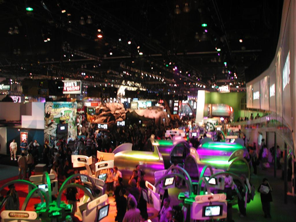 Photos: E3 2005 From the Show Floor - 49531
