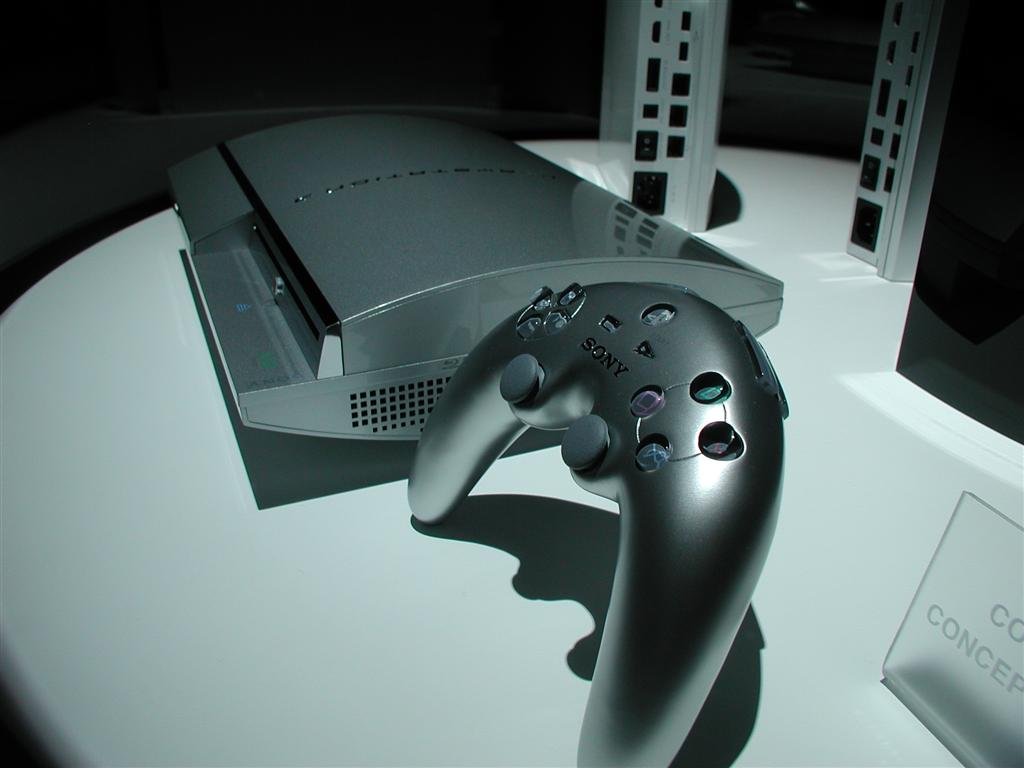 Photos: E3 2005 PS3 On the Show Floor - 00527