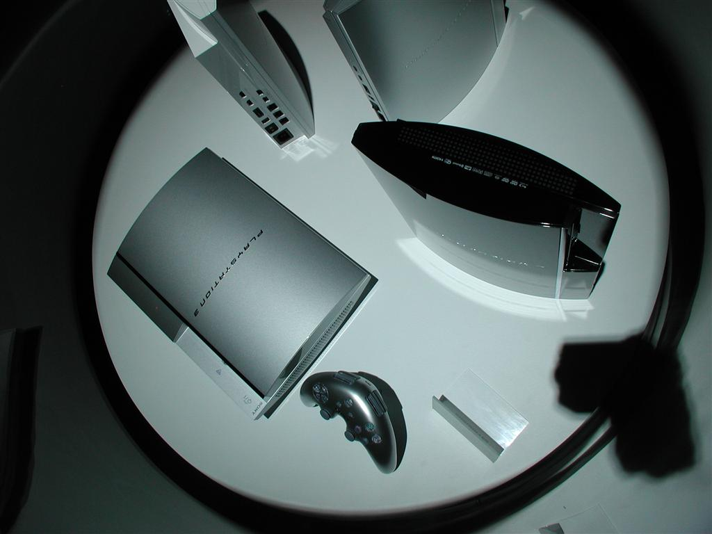 Photos: E3 2005 PS3 On the Show Floor - 00546