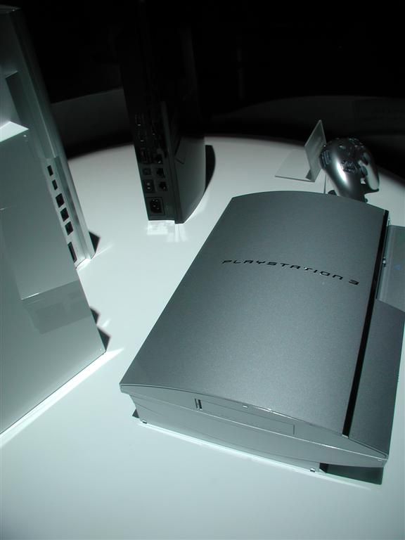 Photos: E3 2005 PS3 On the Show Floor - 00532