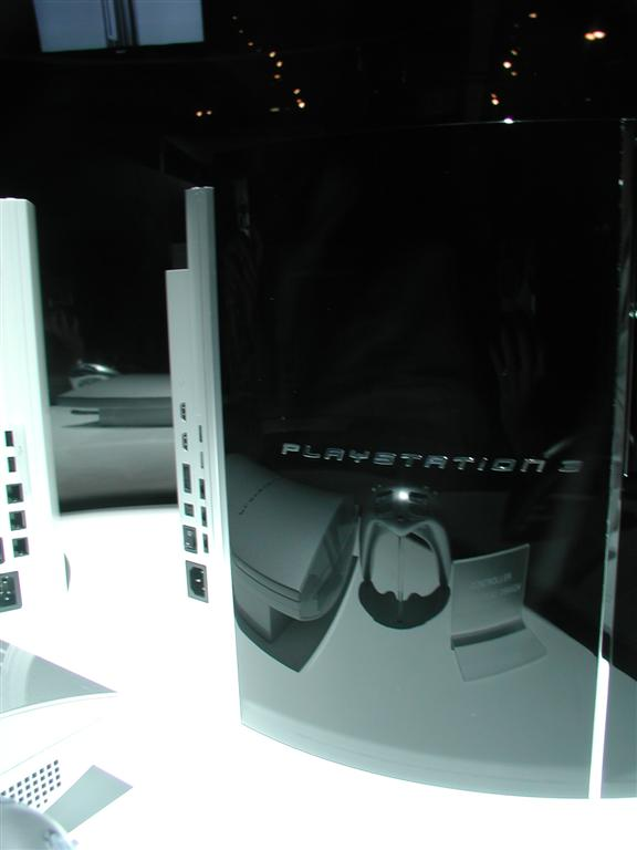 Photos: E3 2005 PS3 On the Show Floor - 00534