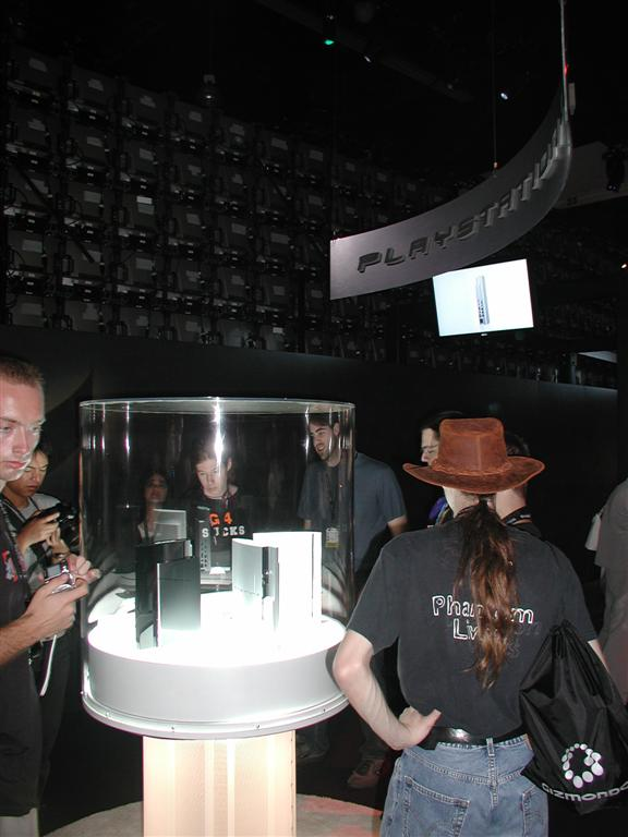 Photos: E3 2005 PS3 On the Show Floor - 00535