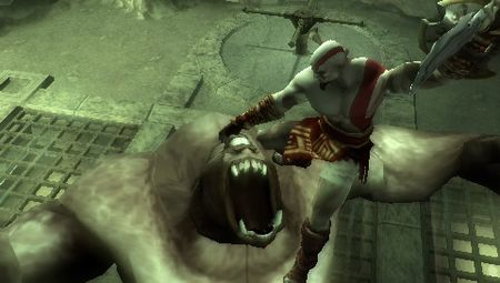 God of War: Chains of Olympus - 10145