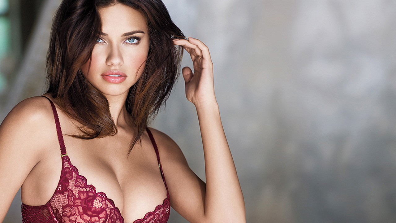 Adriana Lima 2 Wallpapers